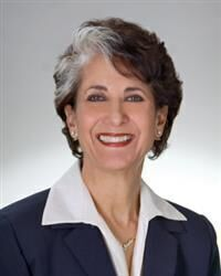 Photo of Shelly Bloom