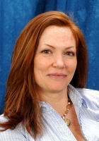 Photo of Holly Kelley