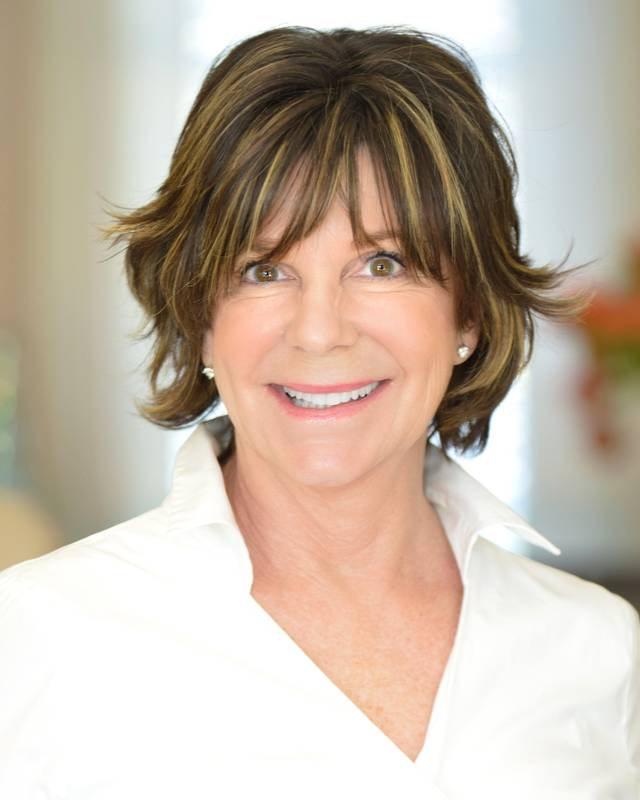 Photo of Carol Lawson