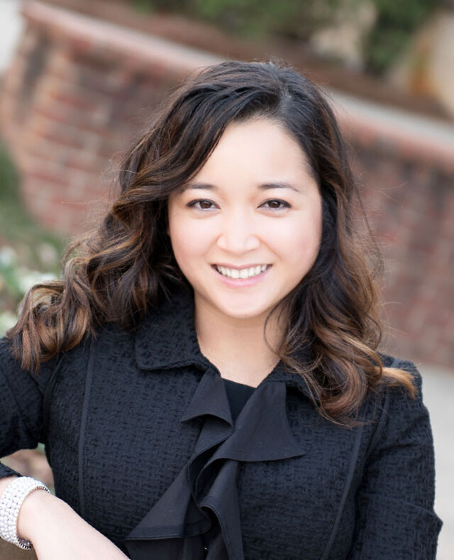 Photo of Helen Nguyen
